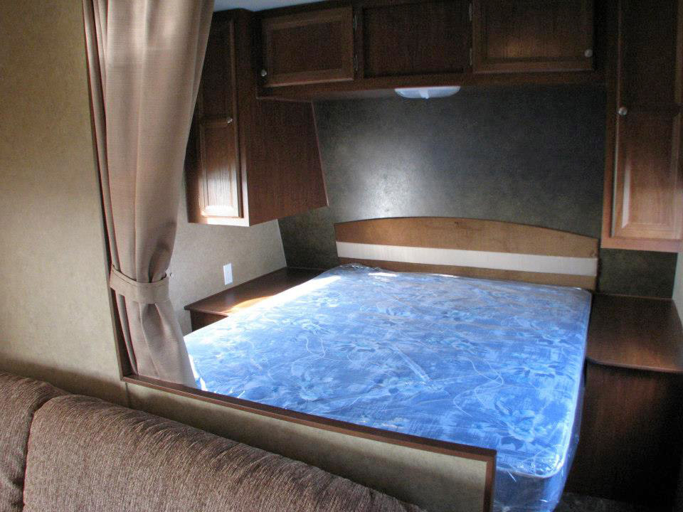 Sandpoint RV Rental - Interior
